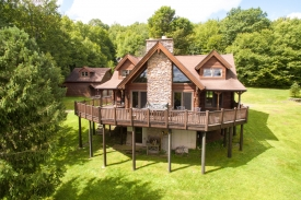A Classic Catskill Mountain Retreat - Private Setting with Gorgeous Views
