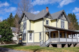 The QUEEN of Main street..HISTORIC MARGARETVILLE CLASSIC - RENOVATED Catskill VICTORIAN
