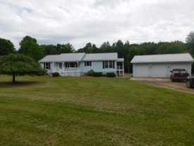 Country Modular home on over 5 acres. - Wonderful country home on 5.13 acres