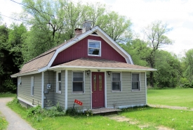 STREAMSIDE CATSKILLS COTTAGE - Affordable opportunity