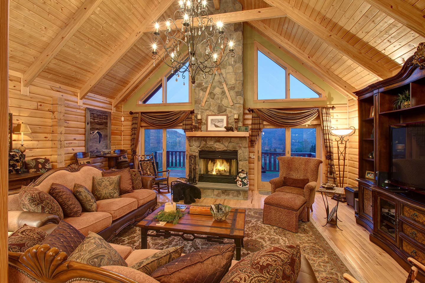 Catskills Log Home Great Room